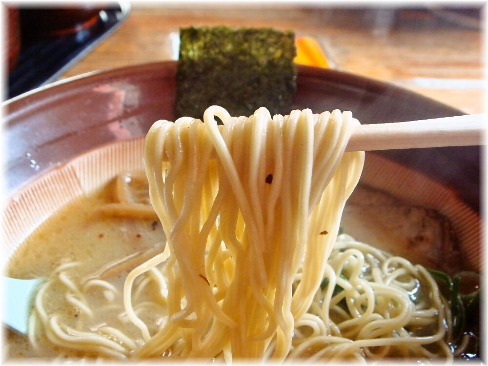 Boo 九州ラーメンの麺