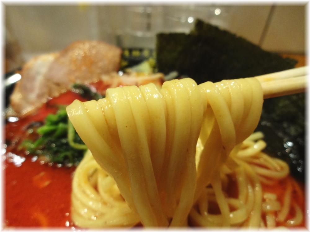 太龍軒田町店2 紅龍の麺