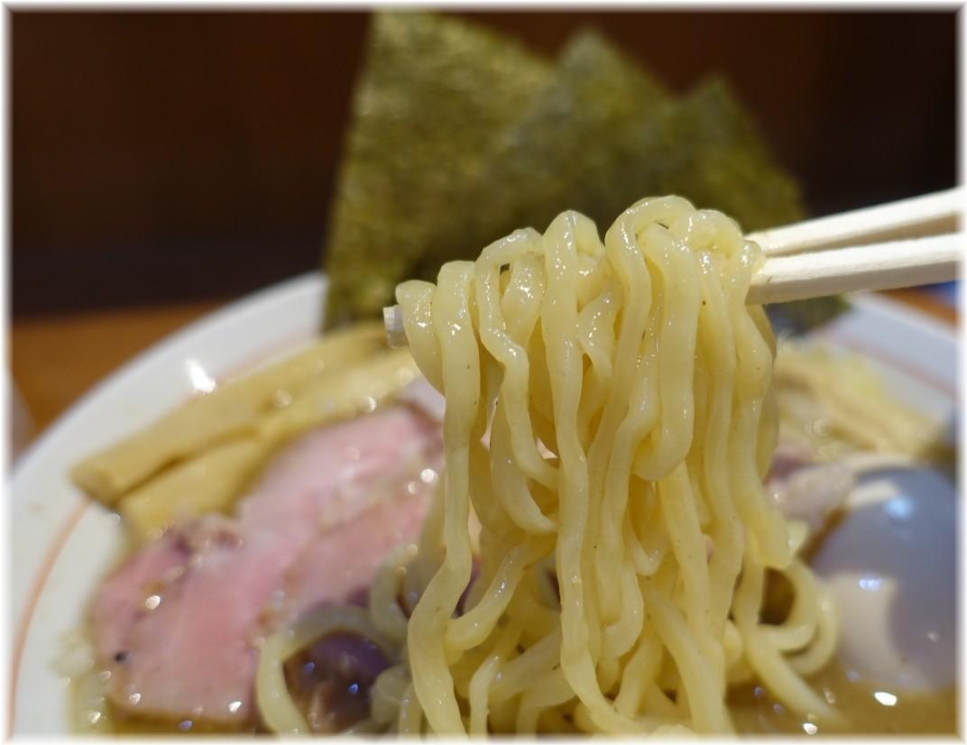 鈴蘭中野店 特製濃厚煮干そばの麺