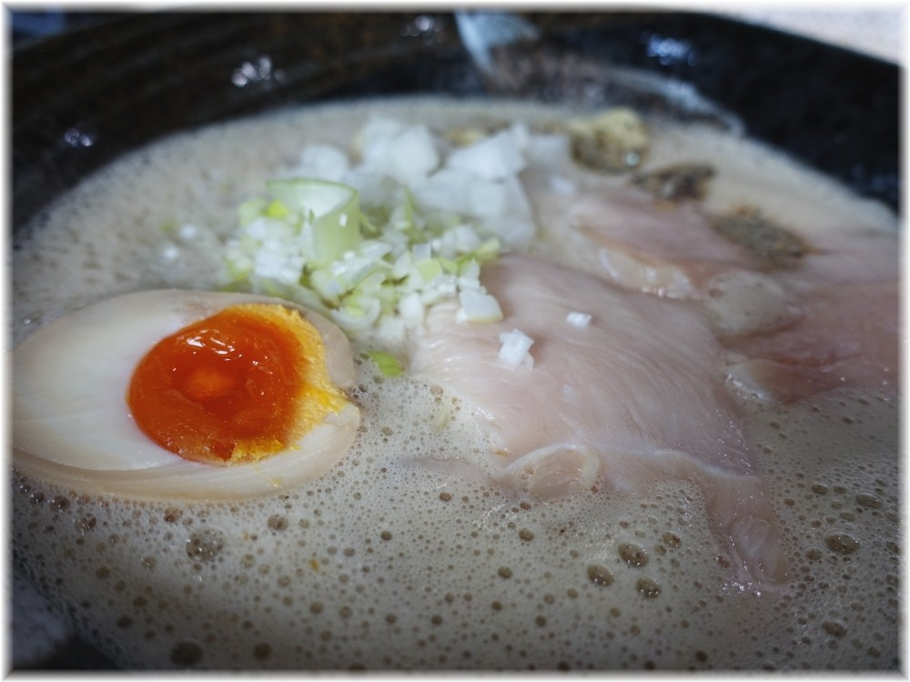 アワトロ龍宮 アワニボのスープ2