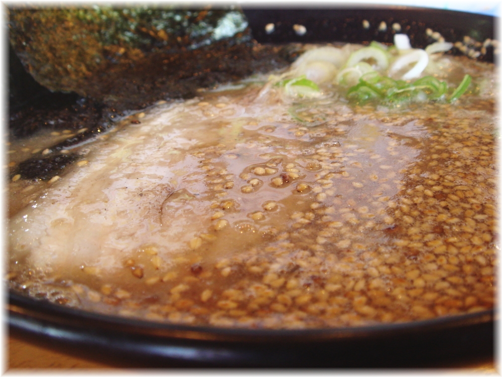 トラの夢 豚骨ラーメンのスープ