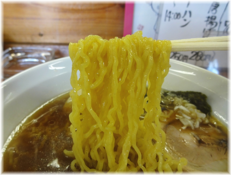 めん麺 正油らぁめんの麺
