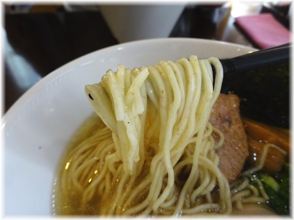 はまんど横須賀 中華そばの麺