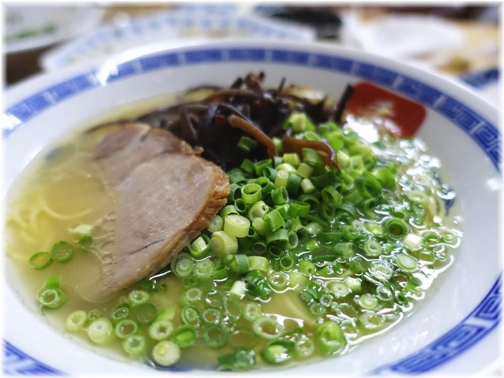長浜らーめん呑龍2 長浜ラーメン(博多麺)の具