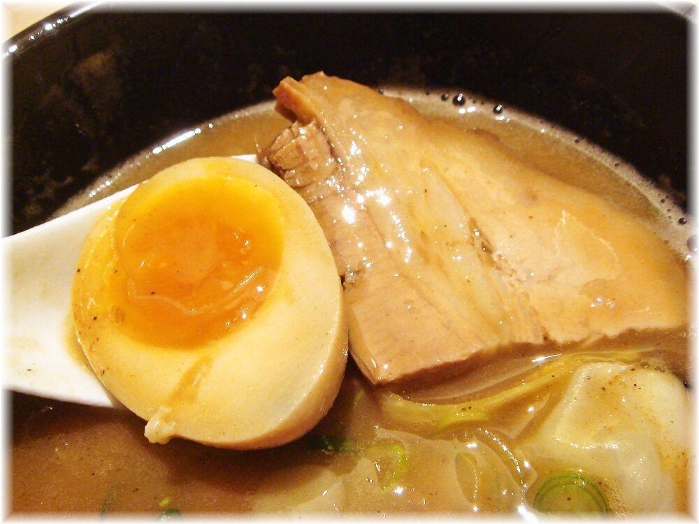 支那そばや 超濃厚魚介つけ麺の具
