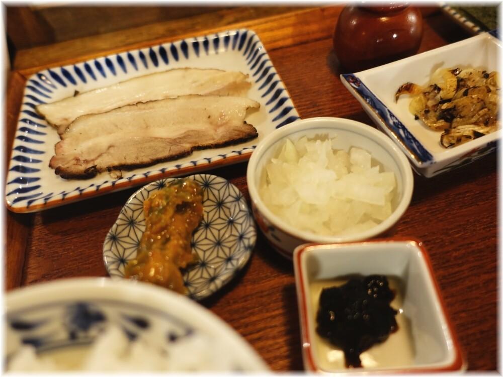 倫道 鯵定食の具