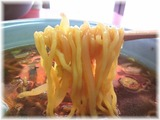中華麺舗 虎 サンマーメンの麺