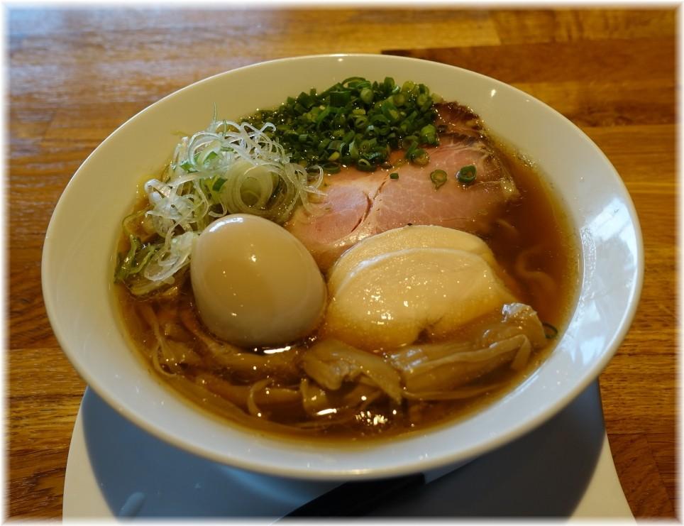 麺.SUZUKi 製醤油らぁめん