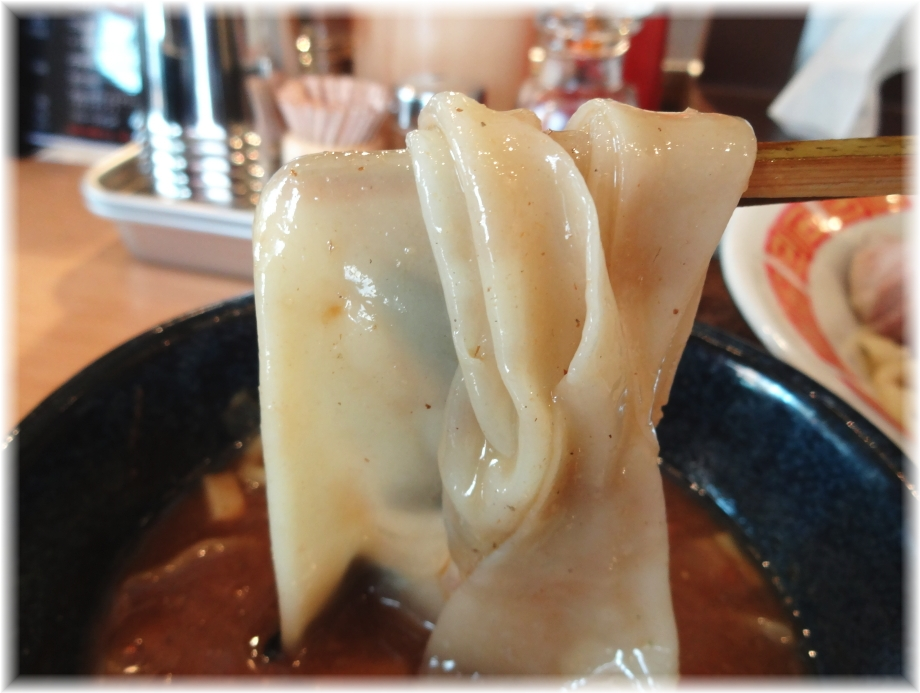 凪Noodle BAR つけ麺の一反も麺