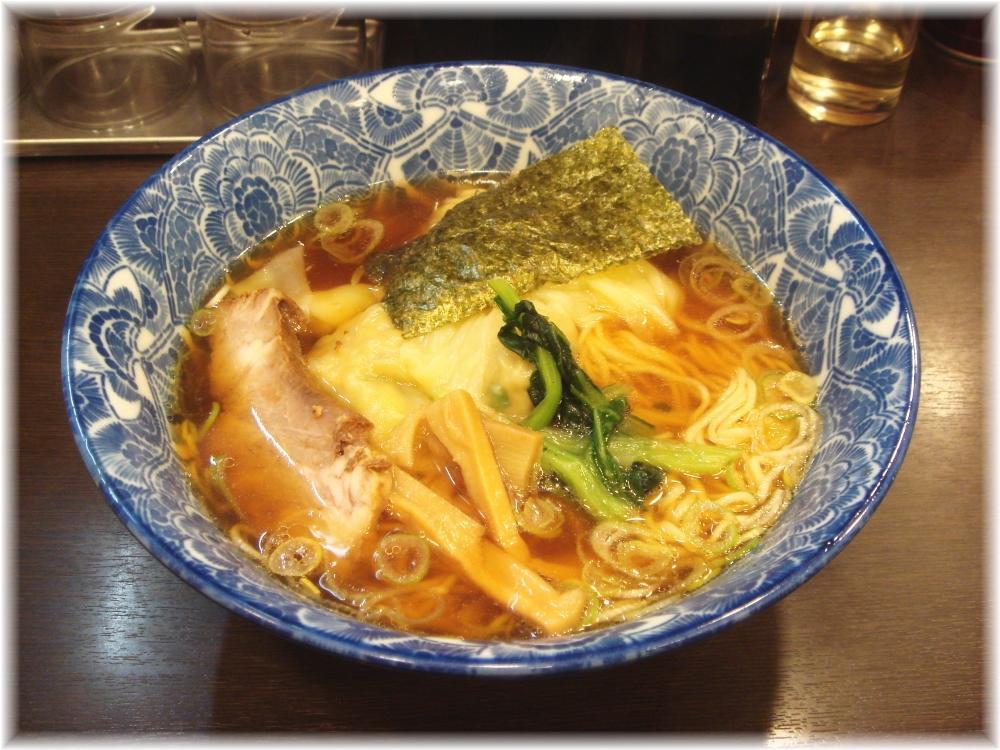 ら麺亭 ワンタン麺