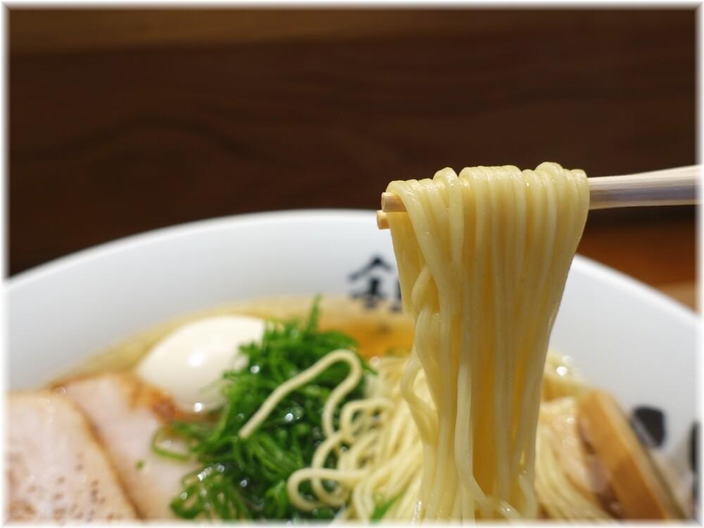 銀座八五 特製中華そばの麺