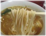 栄屋(サカエヤ) ミルクホール カレーラーメンの麺