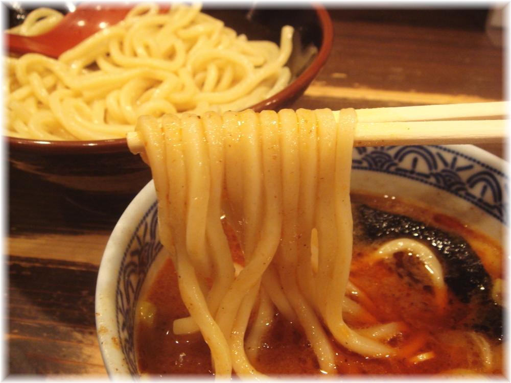 三田製麺所 辛つけめんの麺