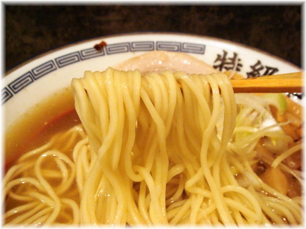 特級中華そば凪 塩中華スペシャルの麺