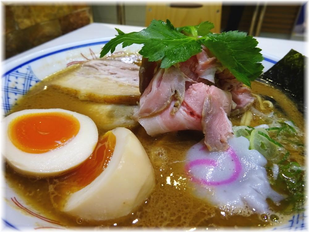 麺や庄のラゾーナ川崎店 濃厚特製らーめんの具