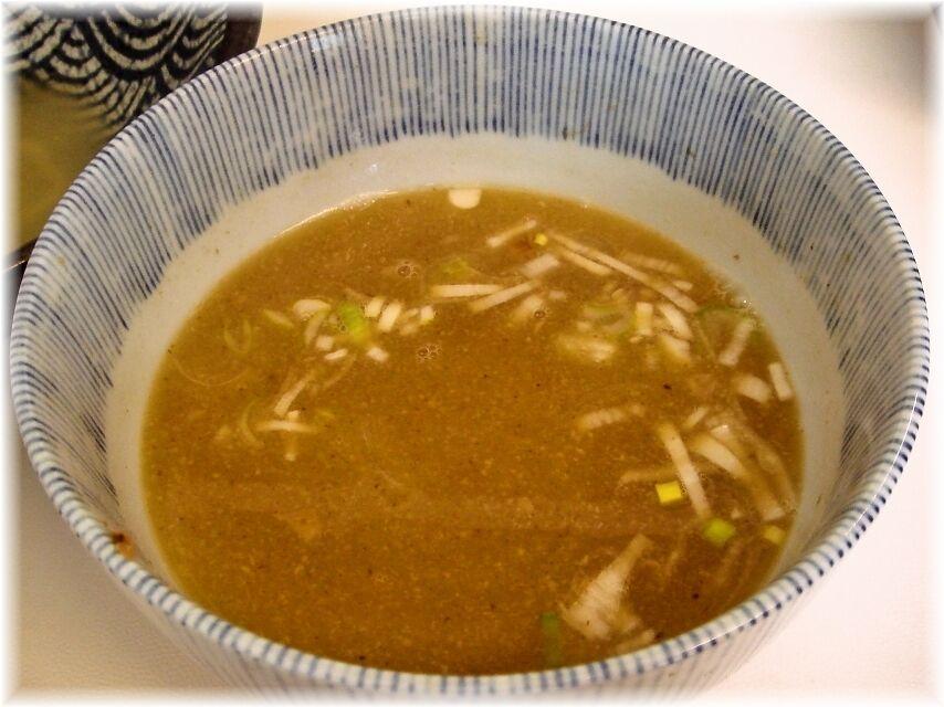 つけ麺の未来 あつもり(並)のスープ割り