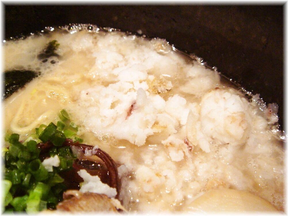 突破者 突破麺(白)の背脂