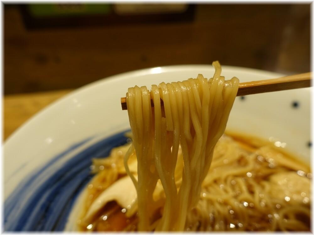 麺屋翔みなと2 鶏そば醤油の麺