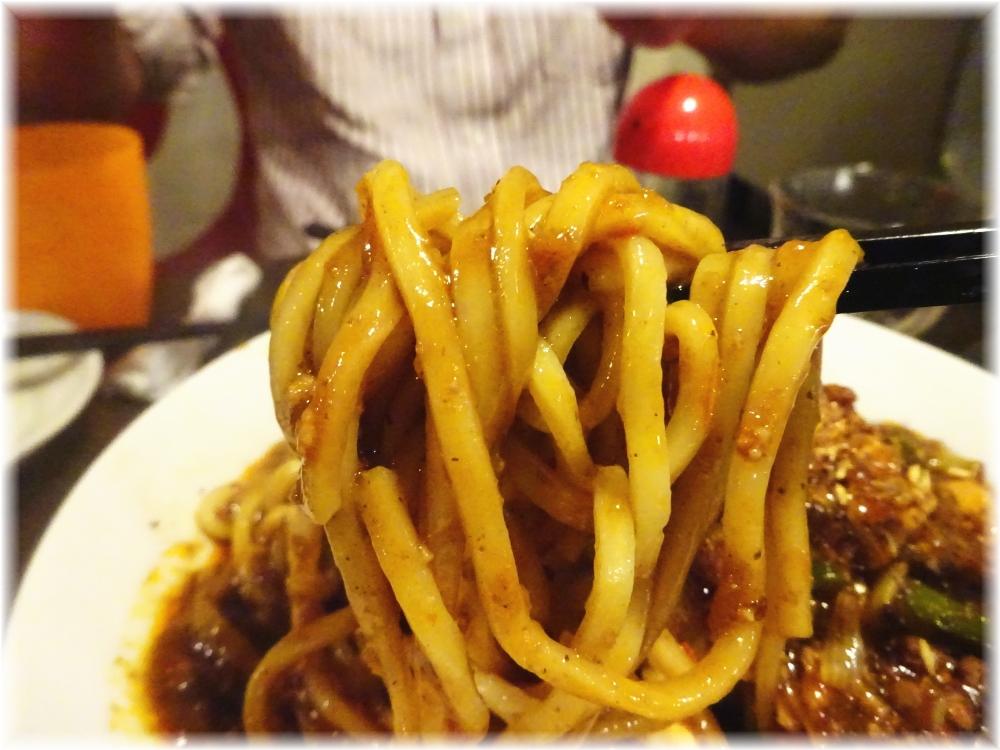 金町製麺5 麻婆麺の麺