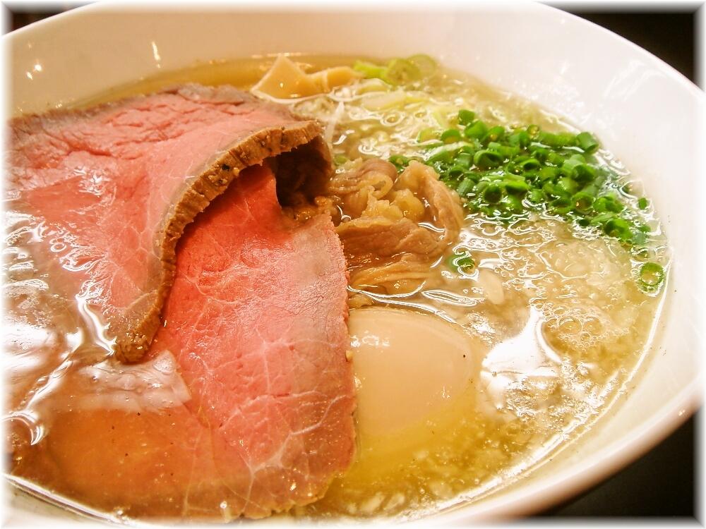マタドール 贅沢焼牛らぁ麺(塩)の具