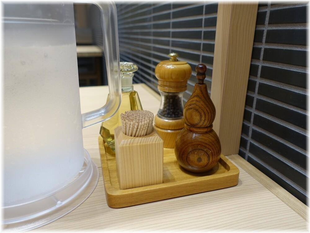 玉田町店 卓上の調味料