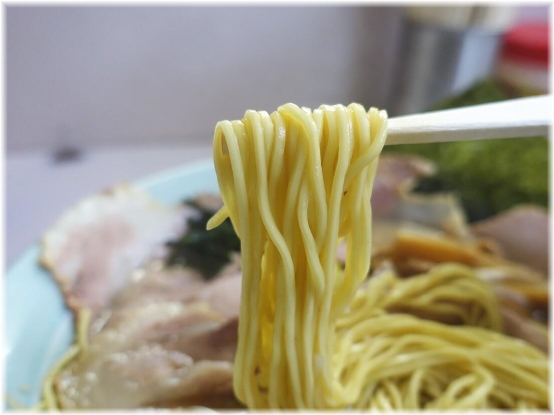 ラーメンショップつばき ネギチャーシューメンの麺