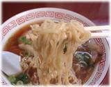 関東軒 支那そば(正油)の麺