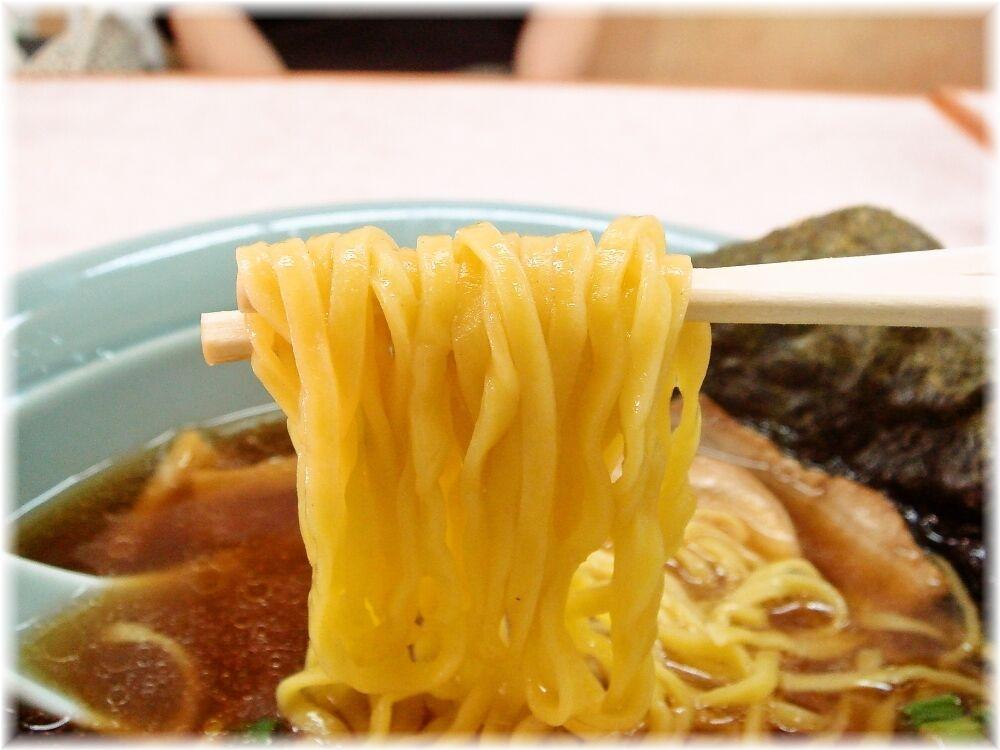 りゅうらーめん 玄海正油らーめんの麺