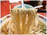王餃子 博多しょうゆラーメンの麺