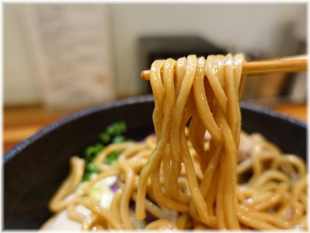 五ノ神水産2 味玉海老油そばの麺