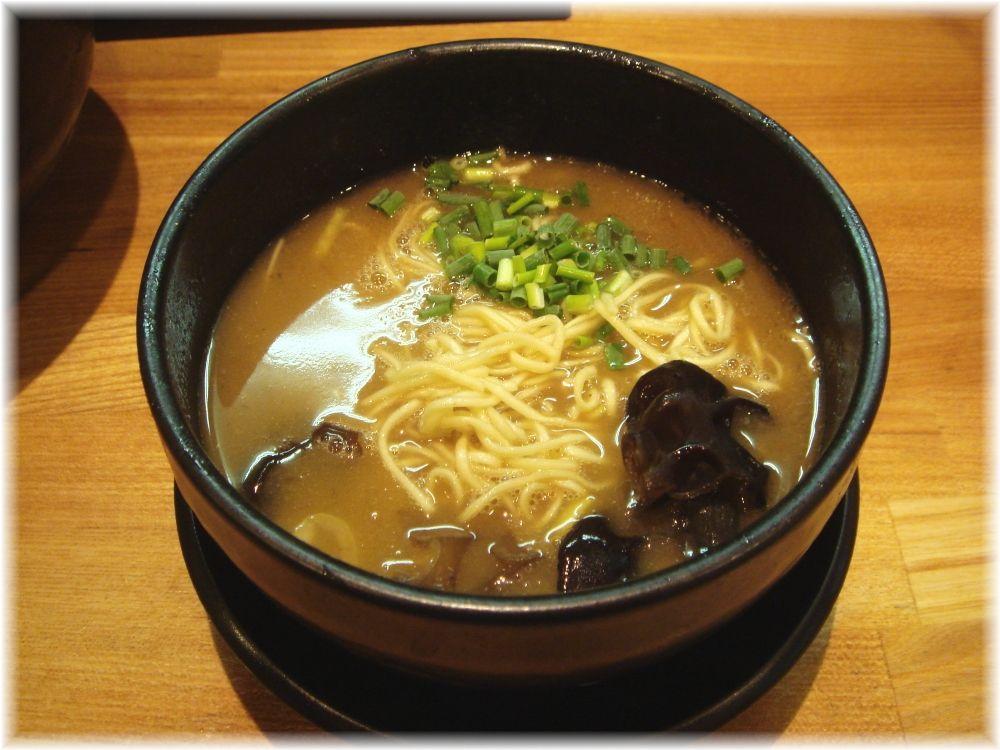 づゅる麺池田 恵比寿神社前 〆ラー