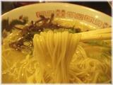 信長本家 ラーメンの麺