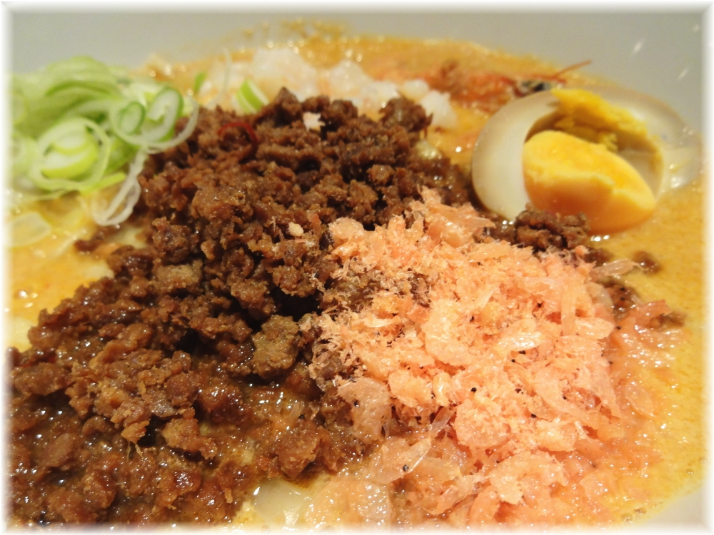 蒼龍唐玉堂渋谷店 えび味噌担々麺の具1