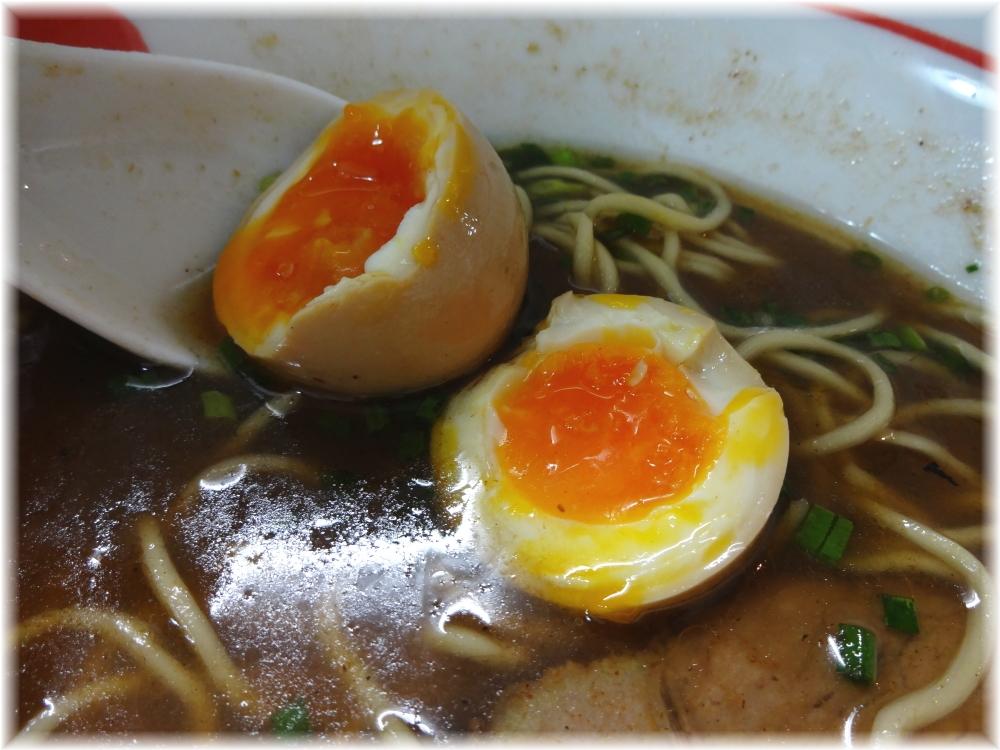 自家製麺SHIN 味玉らーめんの味玉