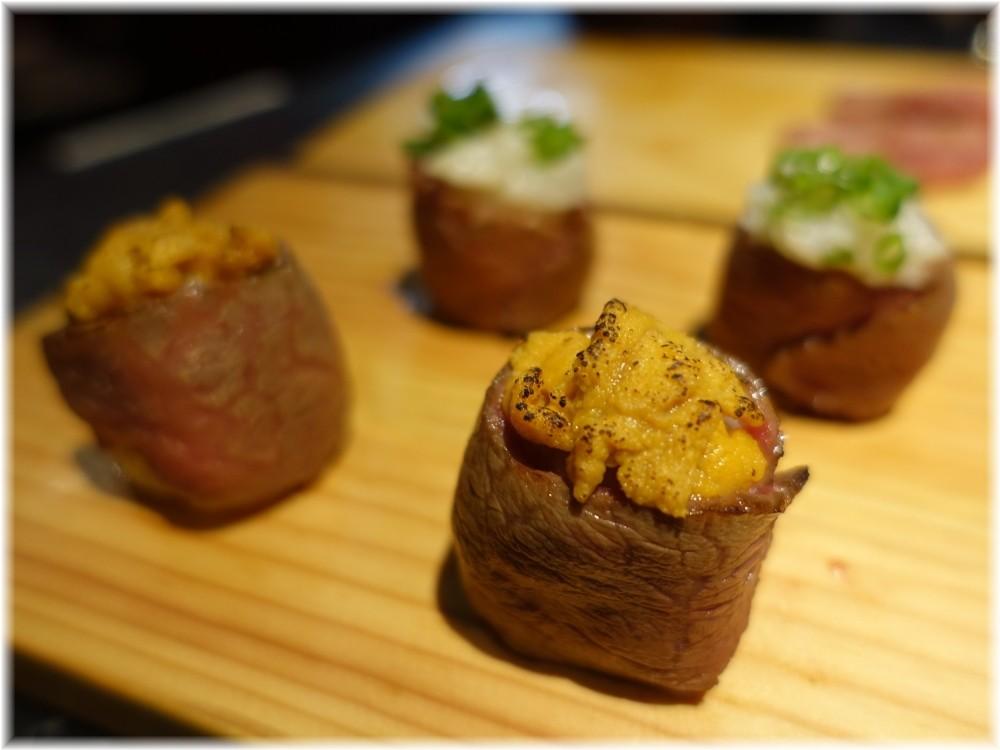 晩翠3 ウニの肉寿司