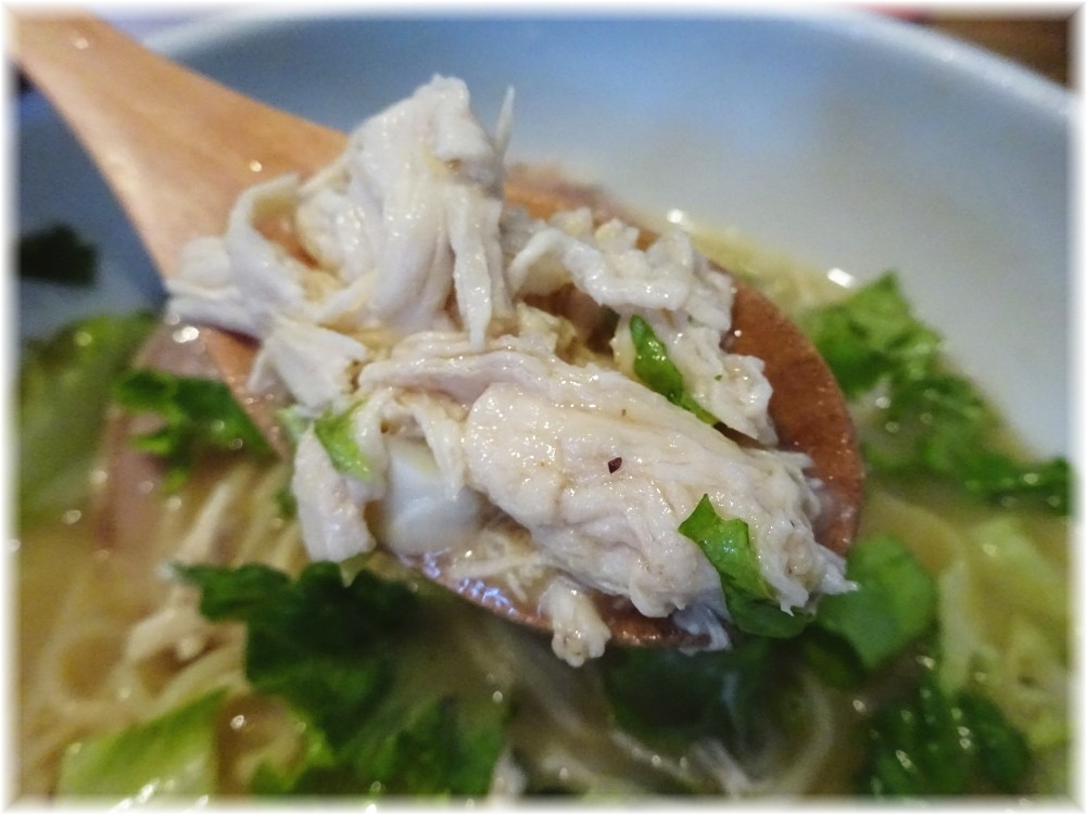NOODLE STOCK 鶴おか 特製鶏ソバのほぐし鶏
