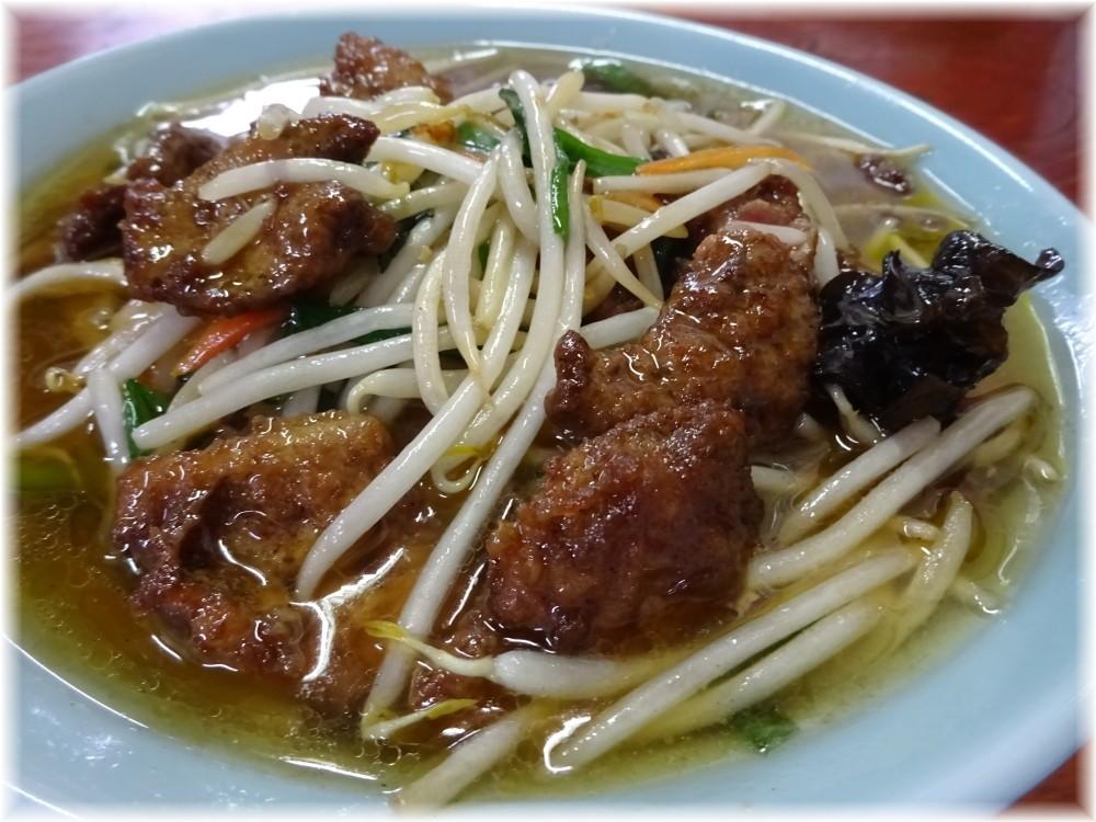 台湾料理青葉 レバそばの具