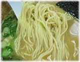 翔山 ラーメンの麺