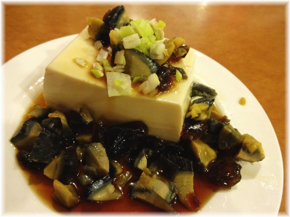 台南担仔麺 ピータン豆腐
