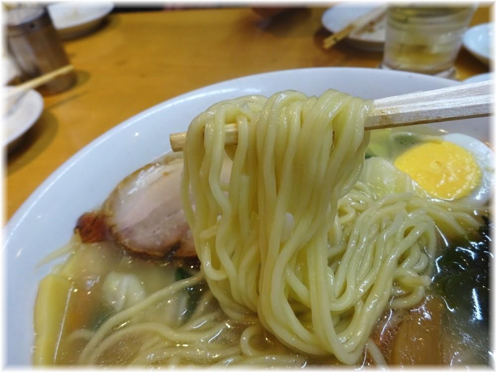 珍満 五目麺の麺