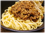 味噌屋八郎商店 味噌つけ麺のピリ辛ひき肉