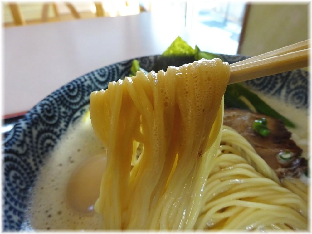 朝日屋 特製鶏そばの麺