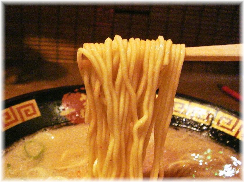 一蘭六本木大江戸線駅上店 ラーメンの麺