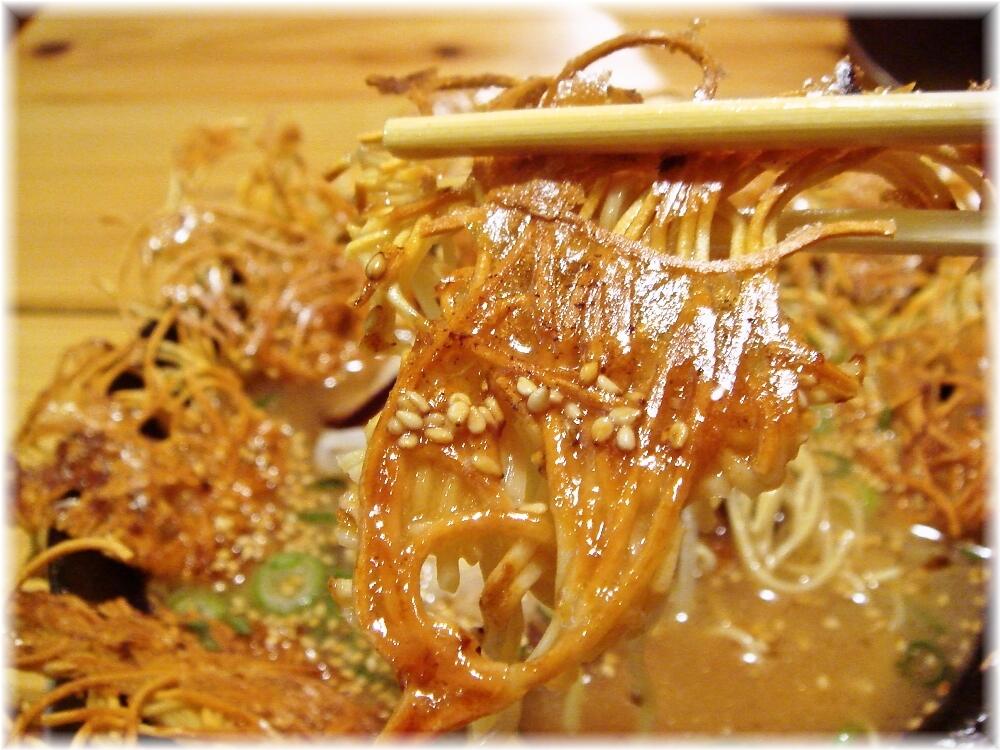 壱の家 豚骨焼麺の麺1