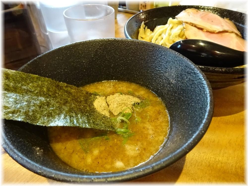 濱星 特製濃厚煮干しつけ麺