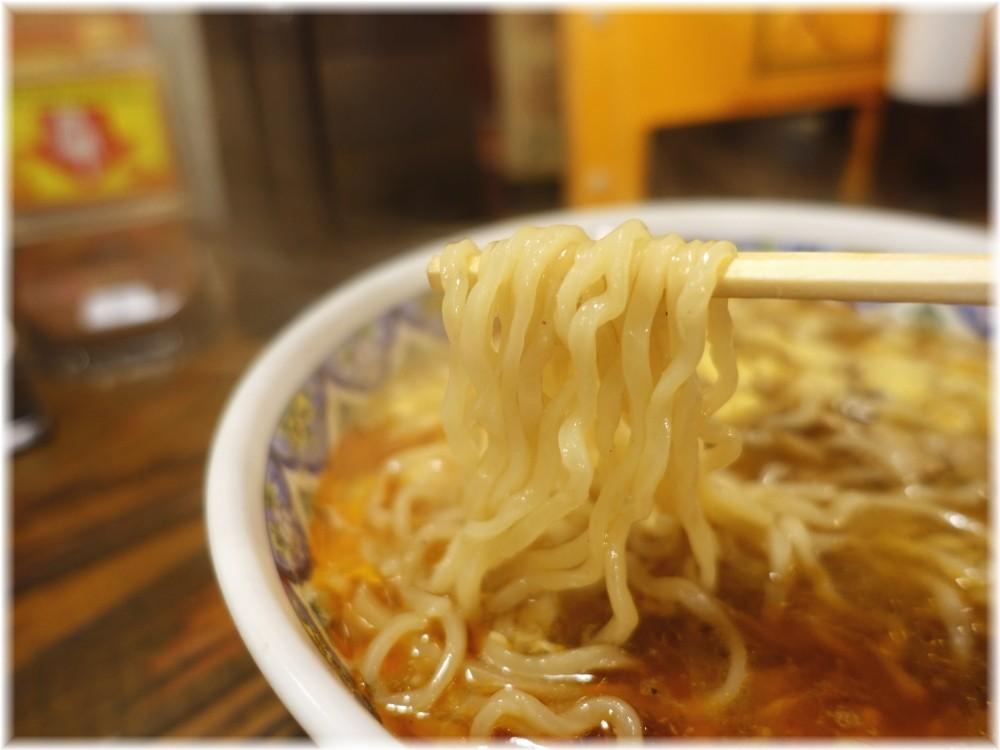 揚州商人新橋店2 スーラータンメンの麺