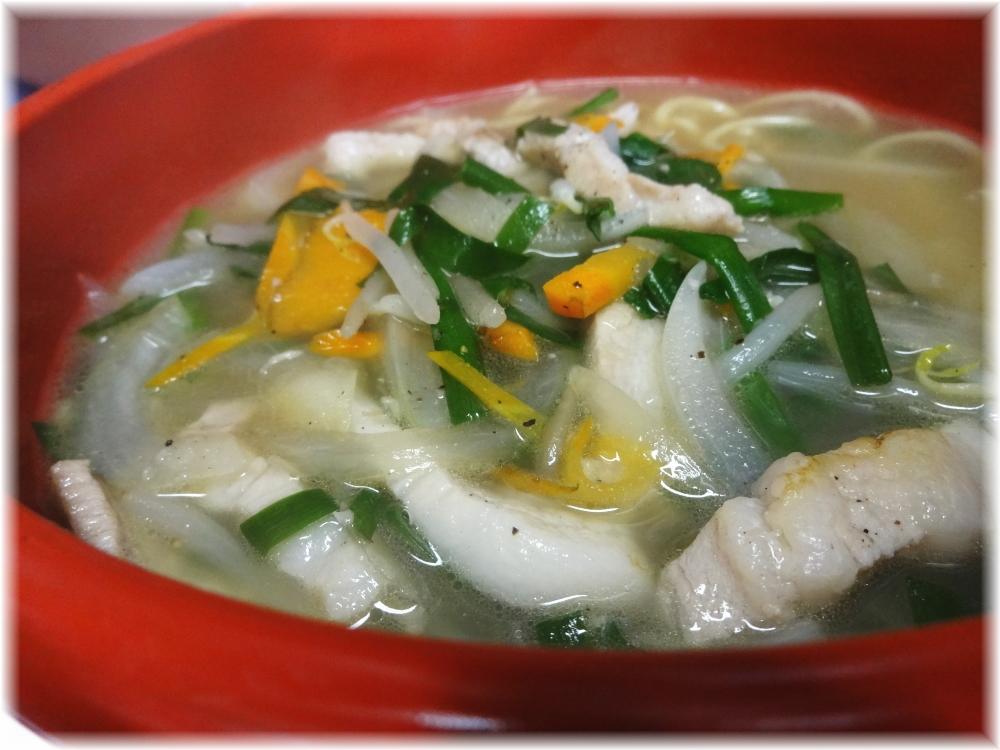中華三陽 チンチン麺の具