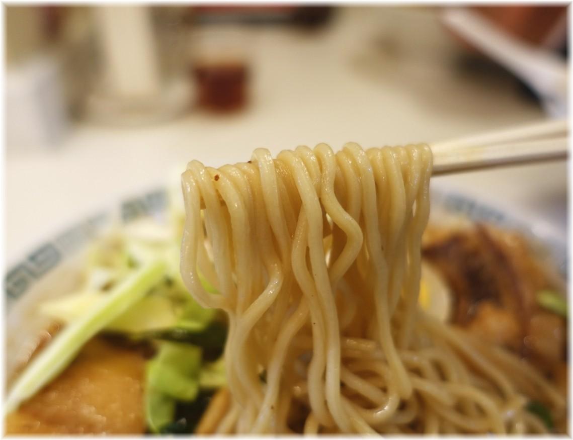 桂花ラーメン新宿東口駅前店 太肉麺の麺