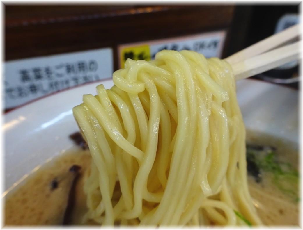 いちもんじ 豚骨醤油ラーメンの麺