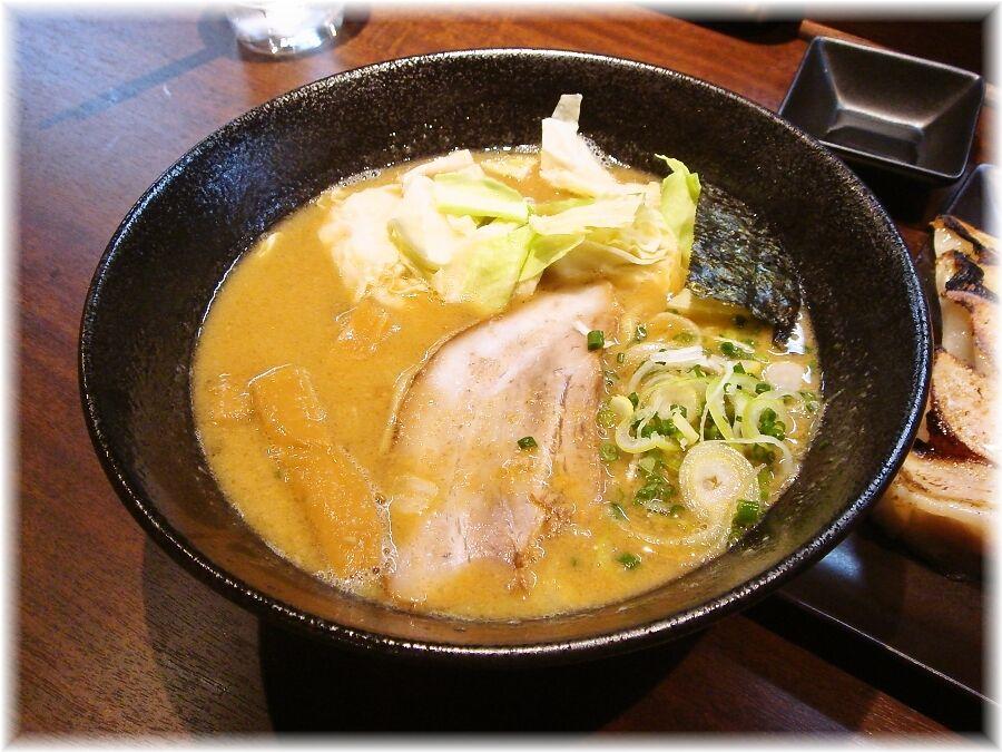 麺喰屋Senmi 胡麻らー麺